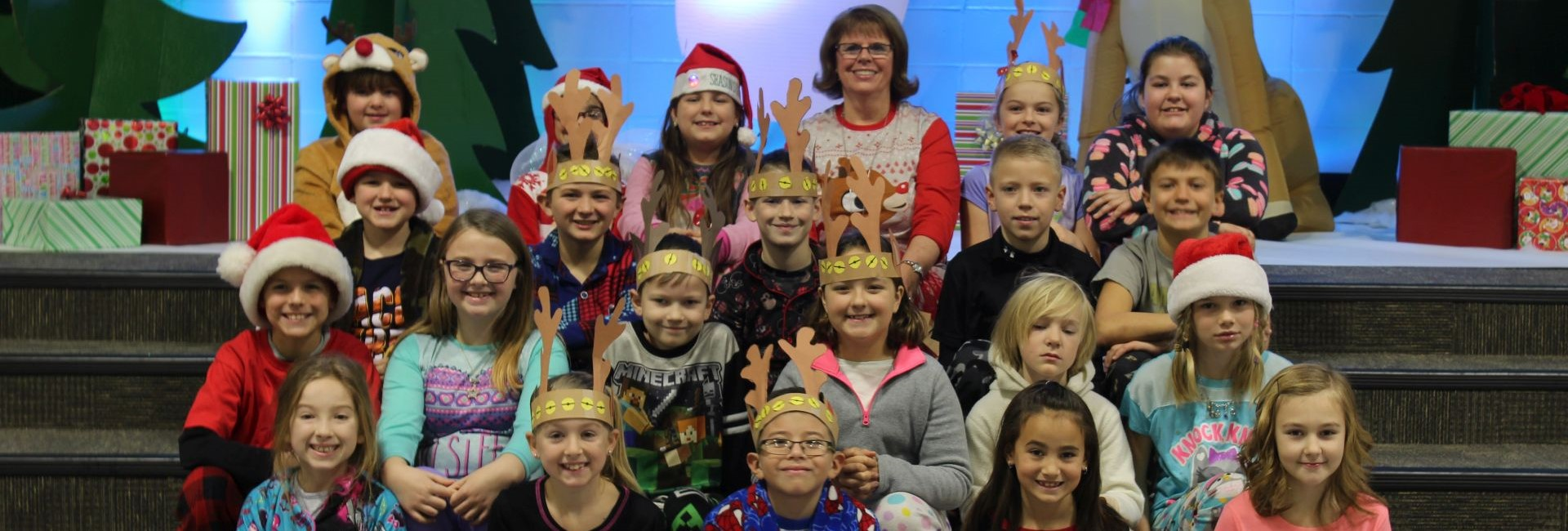 Mrs. Inman's class photo during Rudolph the Red Nosed Reindeer Week