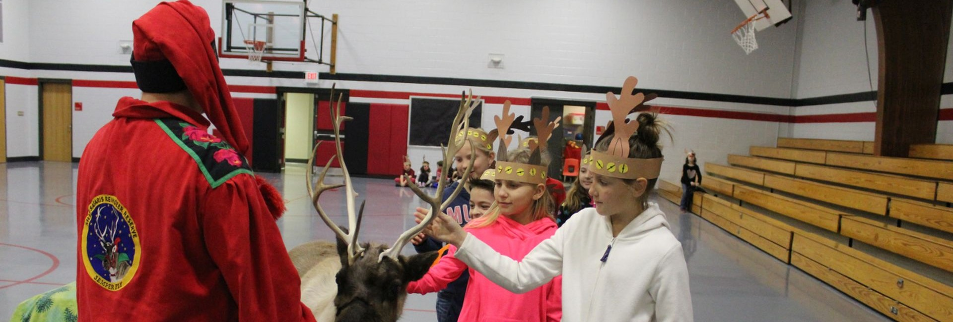 WES students get to meet and pet Rudolph's girlfriend Clarice